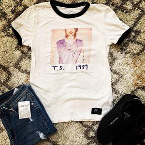 Taylor Swift 1988 Concert Tee
